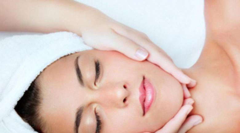 Зехтинът пази кожата от бръчки, белтъкът пази от запушване на порите