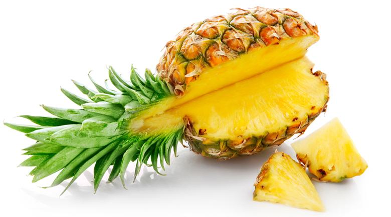 Подмладете гърдите си с ананас!