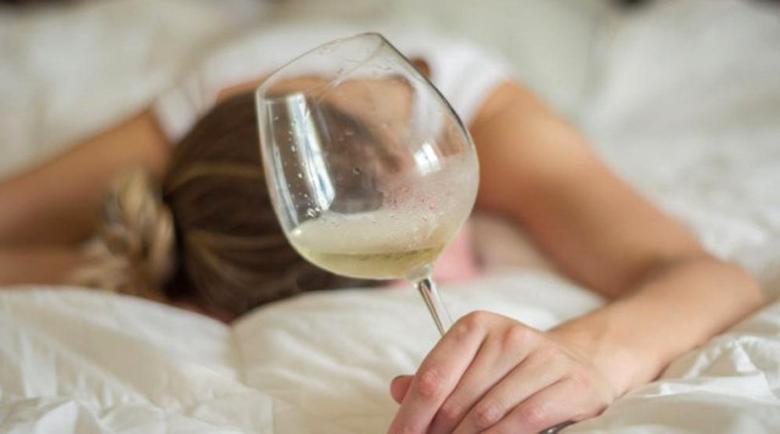 Най-ефикасната напитка срещу махмурлук е…