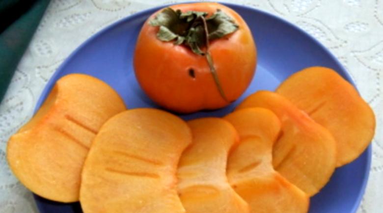 Райската ябълка – истинска витаминозна бомба през есента
