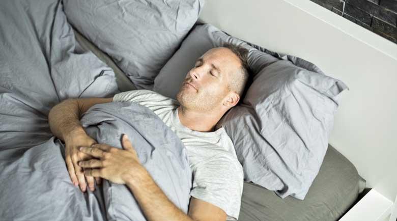 Как да разберем дали дишането ни спира по време на сън