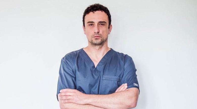 Уникално! Д-р Асен Тодоров спаси пациент с напреднал карцином на бъбрека