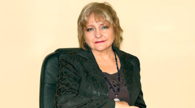 Проф. Донка Байкова съветва: В жегите пийте топъл чай!