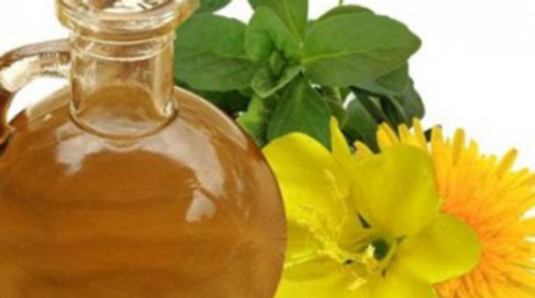 Масло от вечерна иглика помага при менопауза, кожни проблеми и високо кръвно