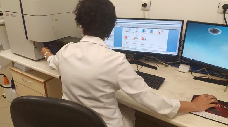 Нова апаратура хваща ракова клетка сред 100 000 здрави