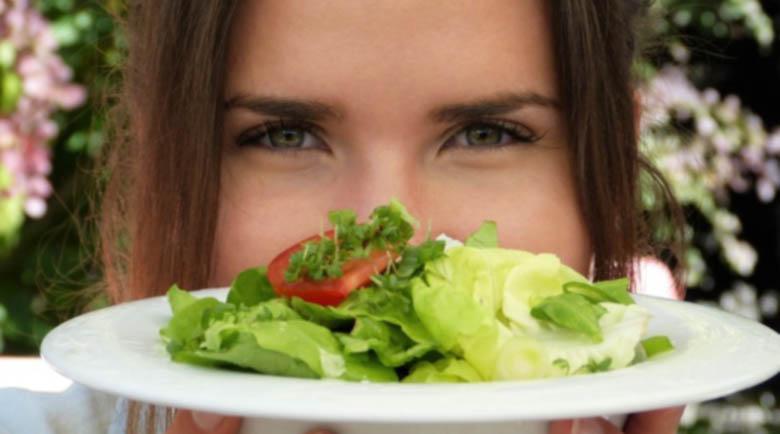 Какви промени в диетата си трябва да направят жените след 30?