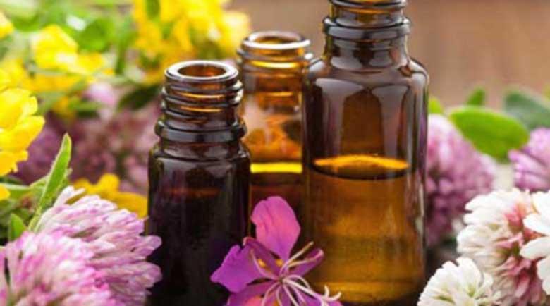 Есенциални масла, които ще ви помогнат да се справите с лошото настроение и тревожността