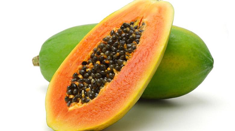 Маска за лице с папая и кокосово масло забавя стареенето на кожата