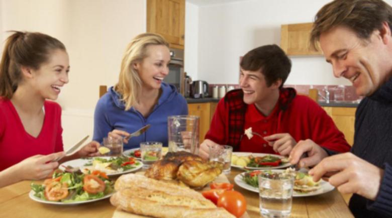 Вечеряйте рано, за да не трупате килограми