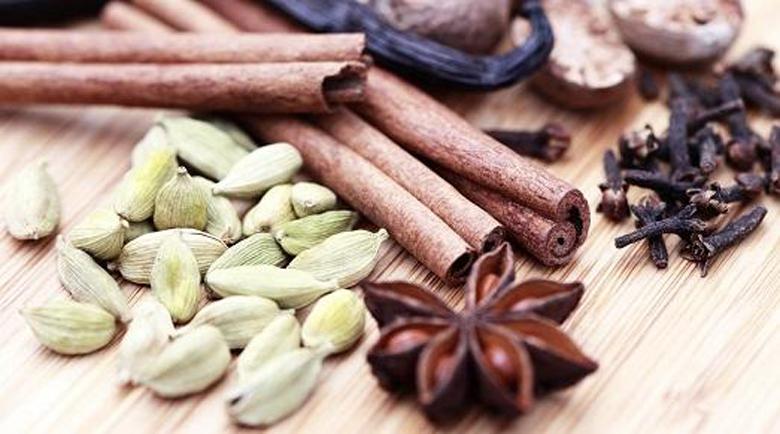 10 ползи за здравето от кардамона – братовчедът на джинджифила