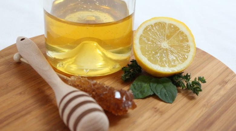 Суха кожа през зимата – домашни рецепти и съвети за предпазване