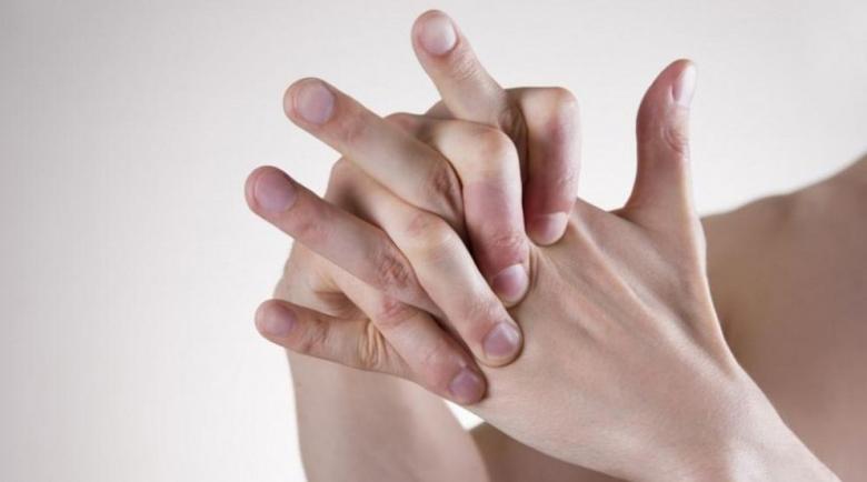 Промяната на пръстите издава фатален рак на белия дроб