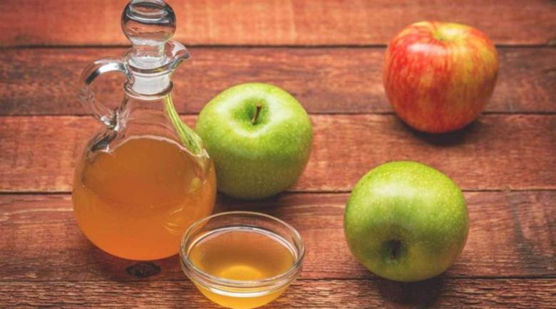 При болно гърло: 6 лечебни рецепти с ябълков оцет