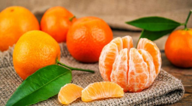 Всички прекаляваме с мандарините, а нормата на ден е…