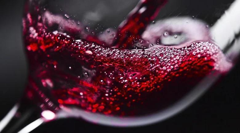 Чаша вино на ден ви носи 10 страхотни ползи за здравето и красотата