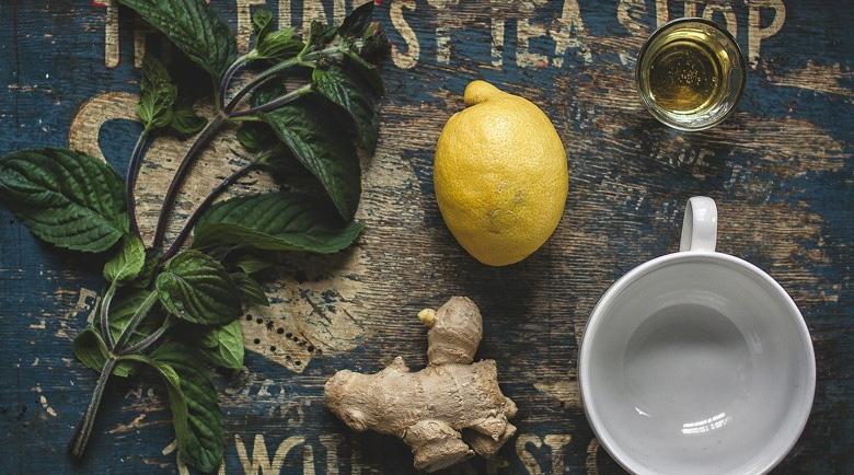 Защо лимонът след вечеря е полезен за отслабване