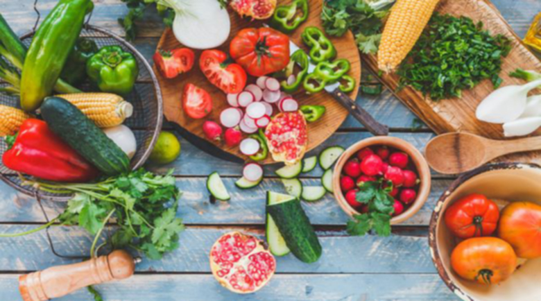 Диетоложка препоръча как да се храним в жегите