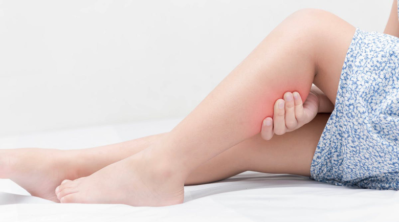 Синдром на неспокойните крака: Как да се справите с крампите?